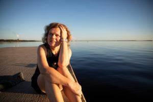 Erika Benke, rannalla